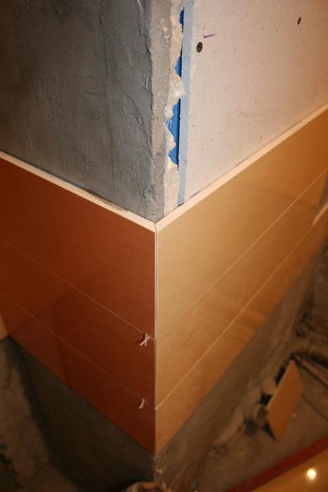 Как сделать наружный угол для плитки 844